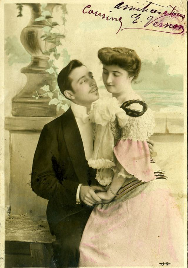 Vintage_romantic_postcards18.jpg