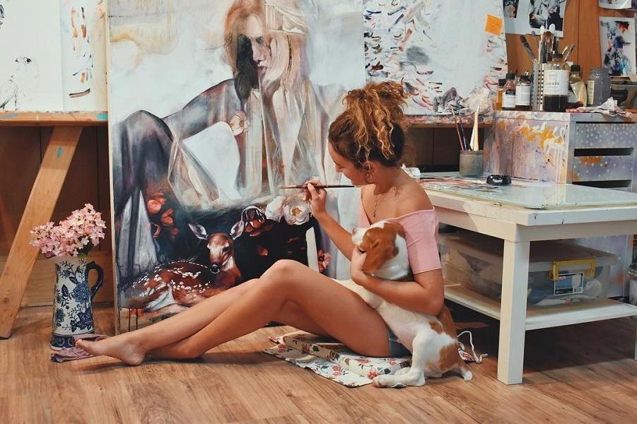 18-летний художник удивляет своими яркими картинами, и продает их за $ 10 тыс