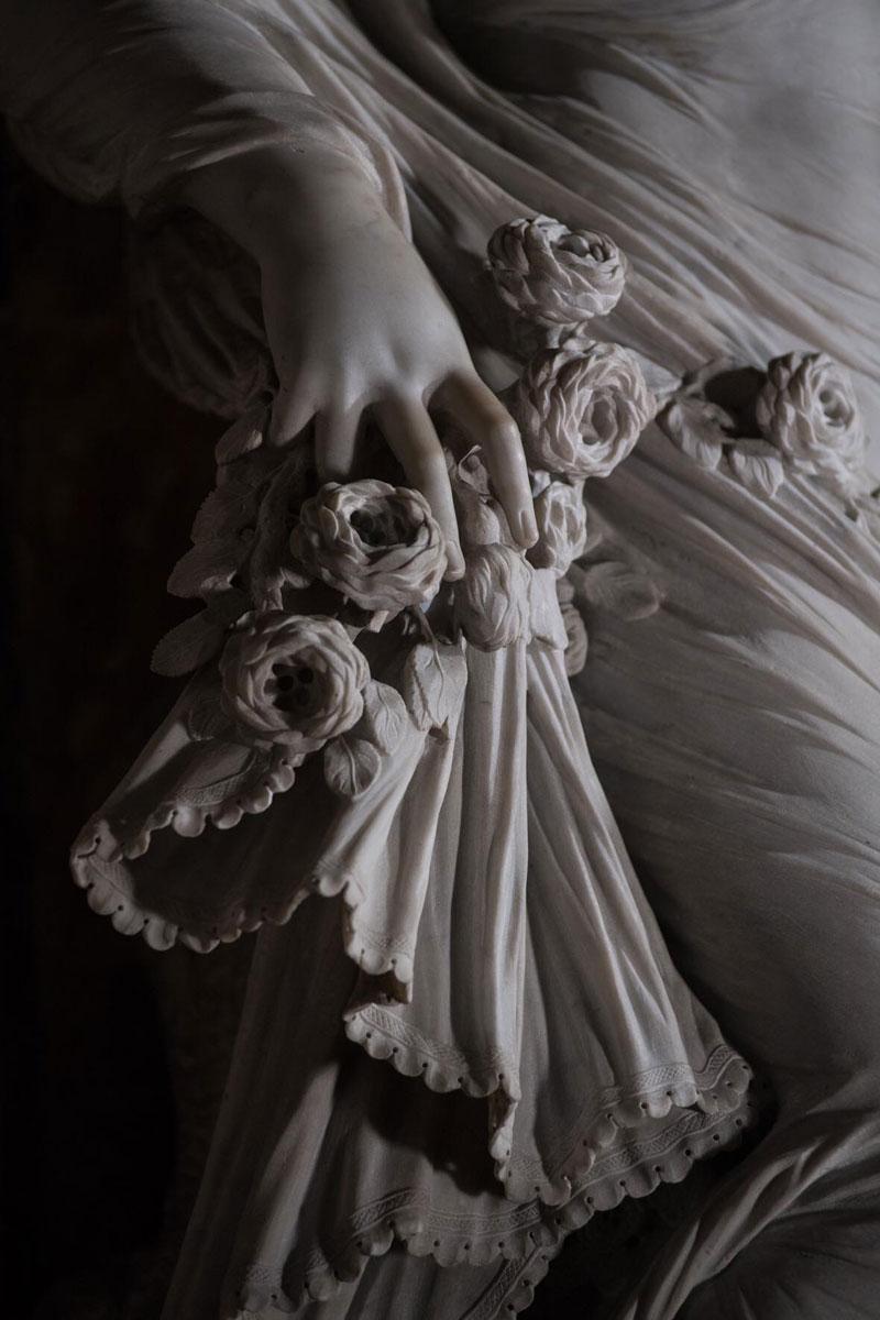 antonio-corradini-modesty-marble-sculpture-veil-4.jpg