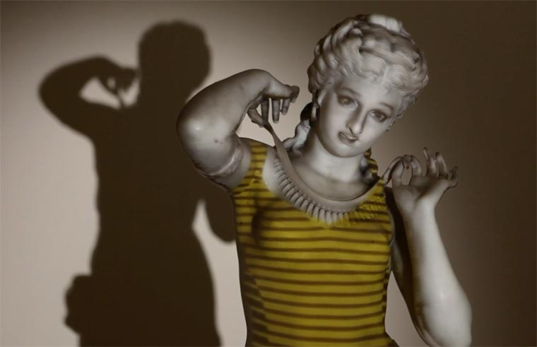 statue-projection-mapping-4.jpg
