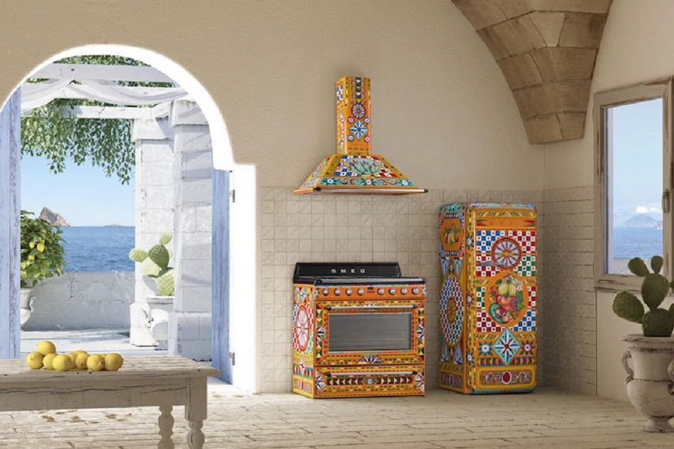 smeg-dolce-gabbana-appliances-1.jpg