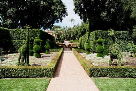 topiary-lotusland.jpg