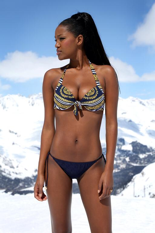 Yityish Titi Aynaw photo (10).jpg