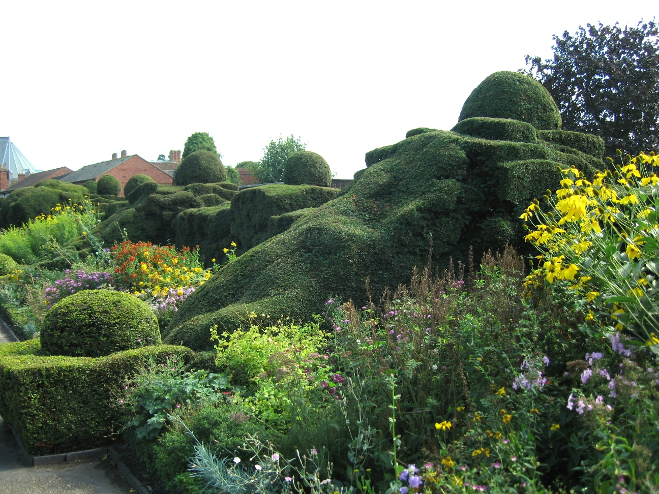 Great_Garden,_New_Place,_Stratford-upon-Avon.jpg