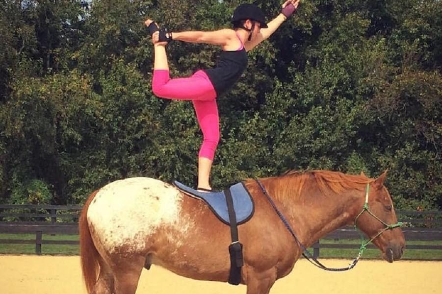 horseyogagirl2.jpg