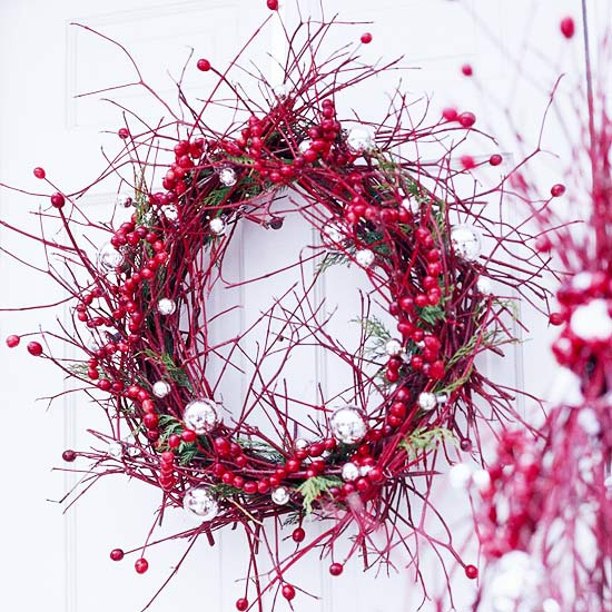 Berry-Twigs-Wreath-Design