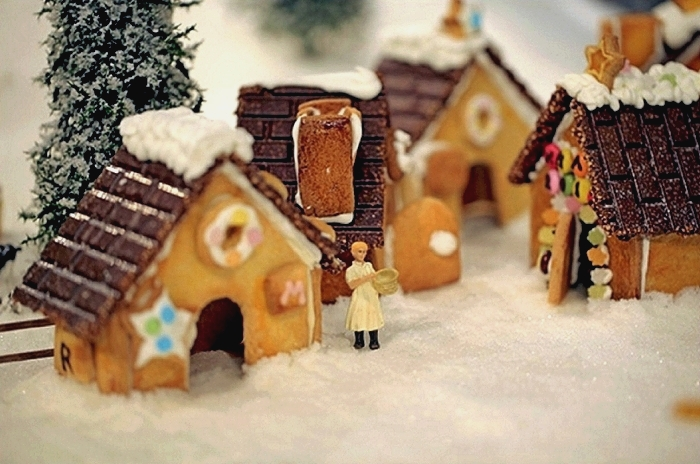 muji_gingerbread_installation_01