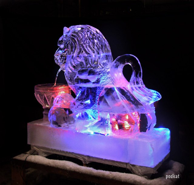 1298211448_ice_sculpture_7