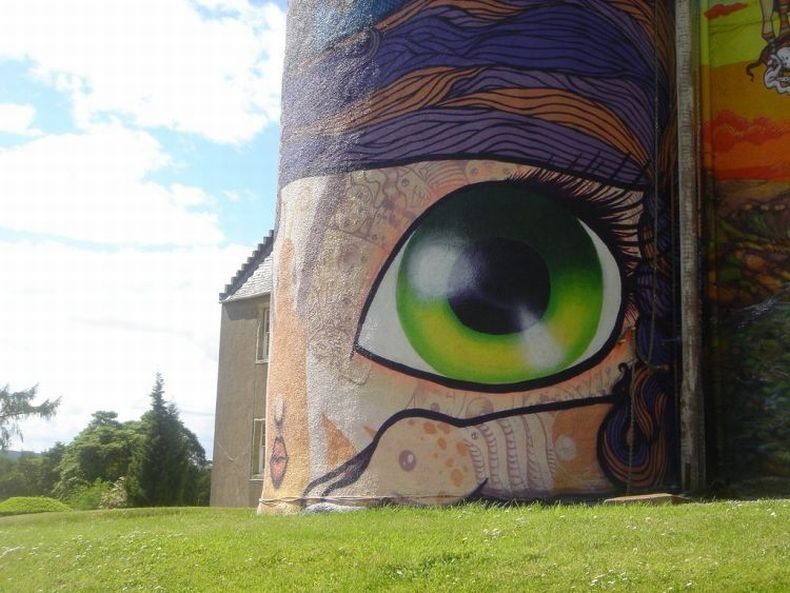 Kelburn-Castle-Graffiti-12