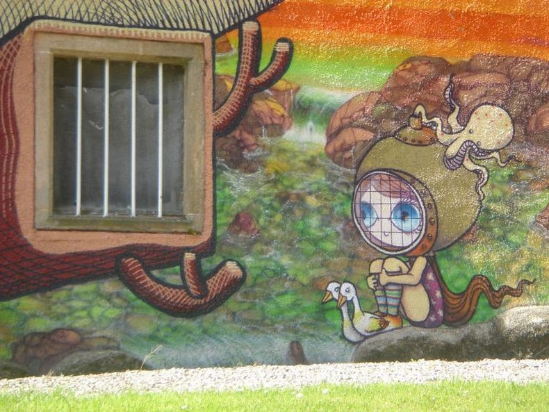 Kelburn-Castle-Graffiti-13