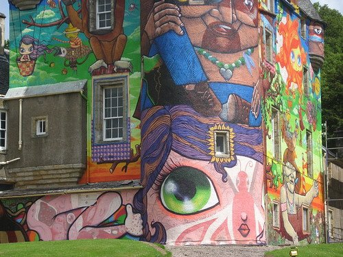 Kelburn-Castle-Graffiti-18