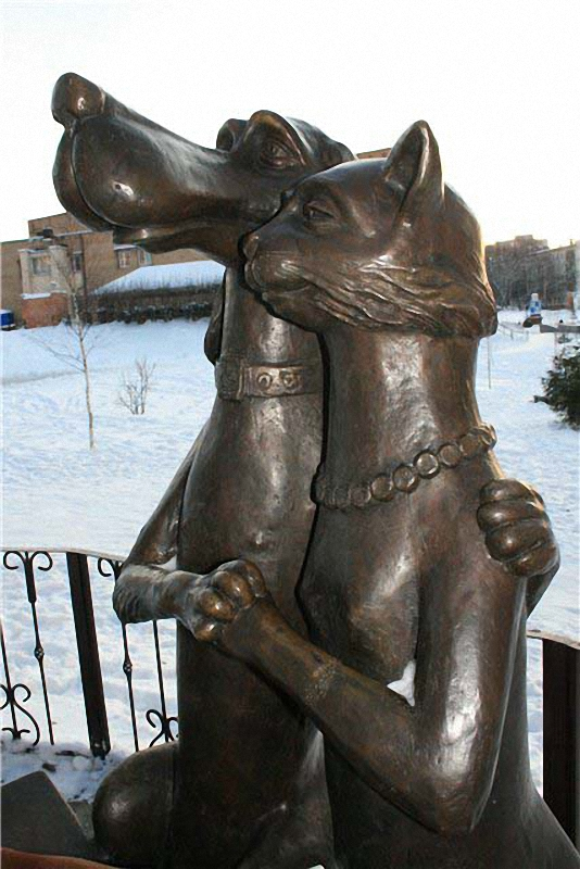 statui-i-monumenty-koshkam_16