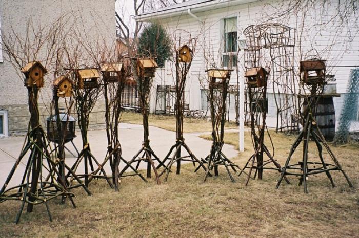 willow birdfeeders