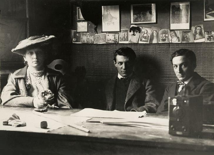 Picasso-Fernande-Olivier-et-Jacint-Reventos-a-el-Guayaba_Barcelone_Photo-1906.jpg