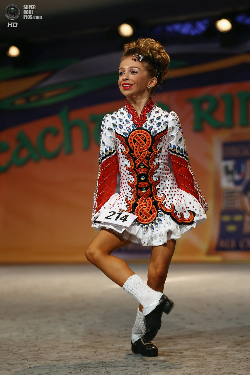 Dancers Compete In The World Irish Dancing Championships