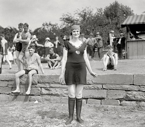 В 1920 е годы в моду вошёл загар а спорт