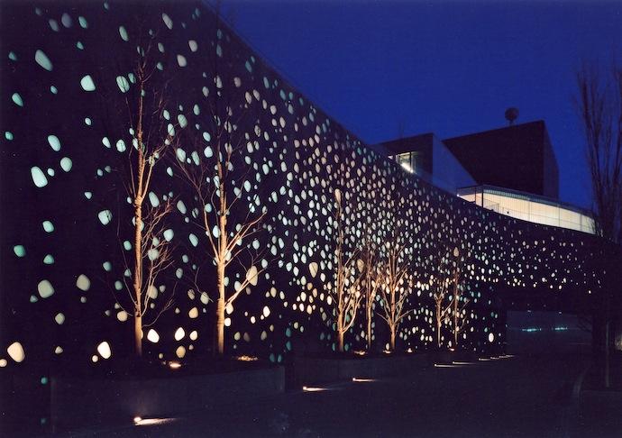 Центр искусств в Мацумото, (2004)