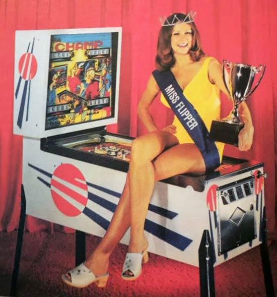 15-Miss-Flipper-Pinball.jpg