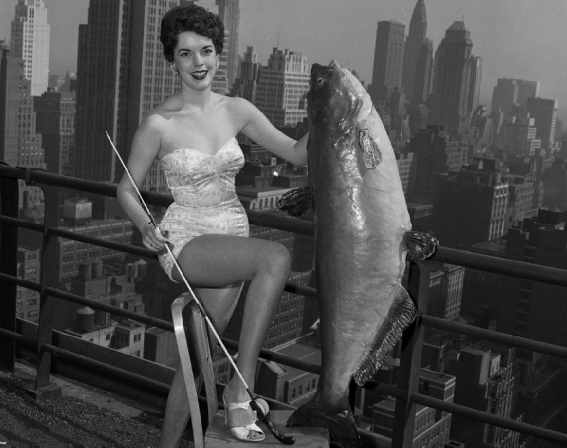 24-national-catfish-queen-1954-1165x920.jpg
