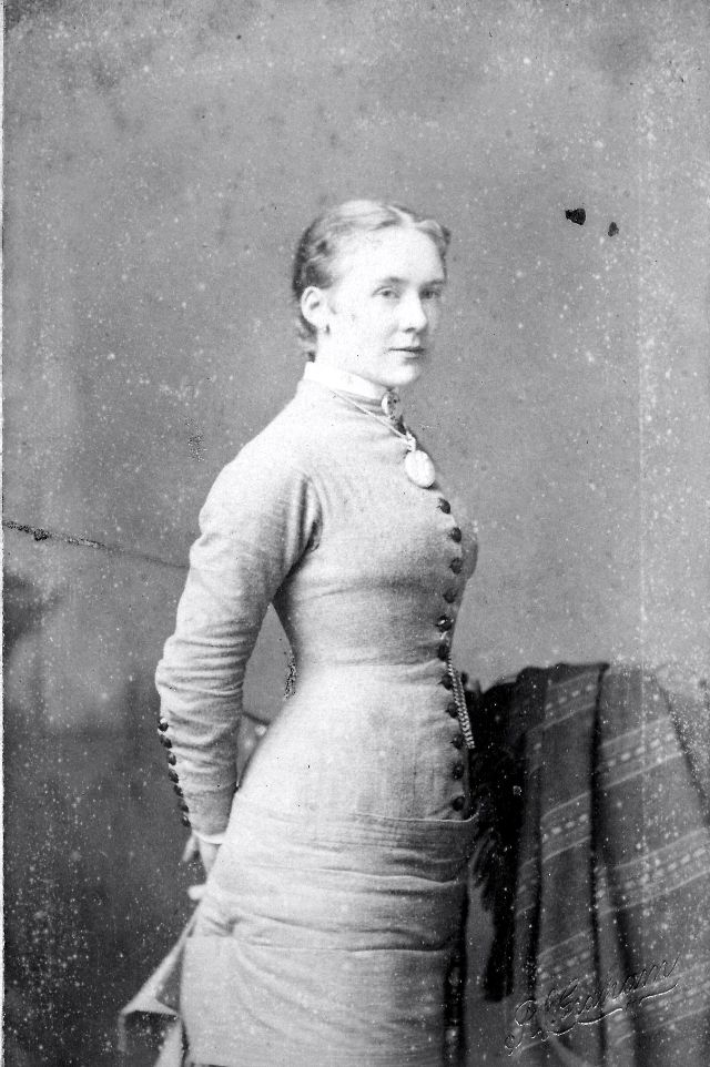 Victorian Women in the 19th Century (38).jpg
