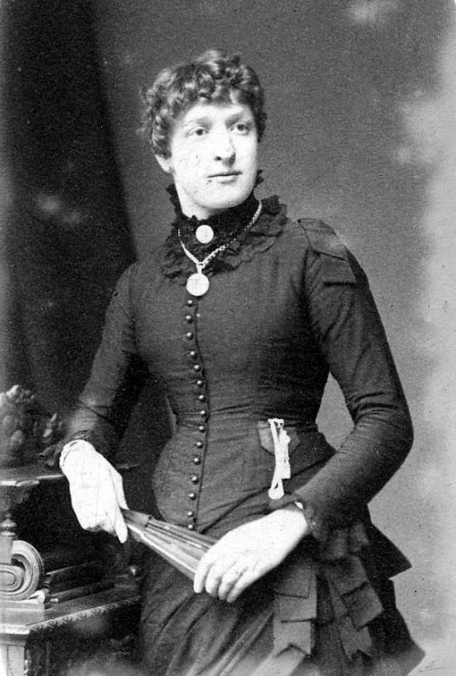 Victorian Women in the 19th Century (46).jpg