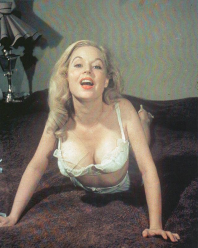Betty Brosmer in the 1950s (3).jpg