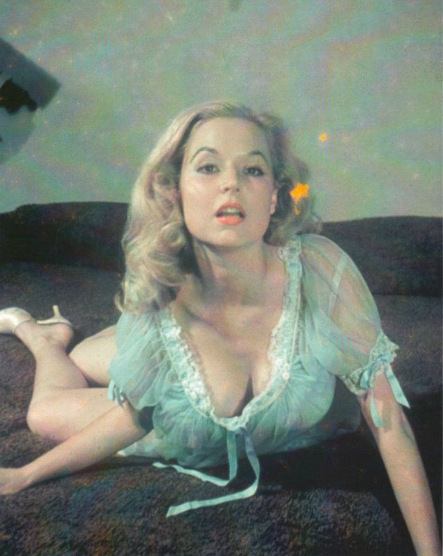 Betty Brosmer in the 1950s (5).jpg
