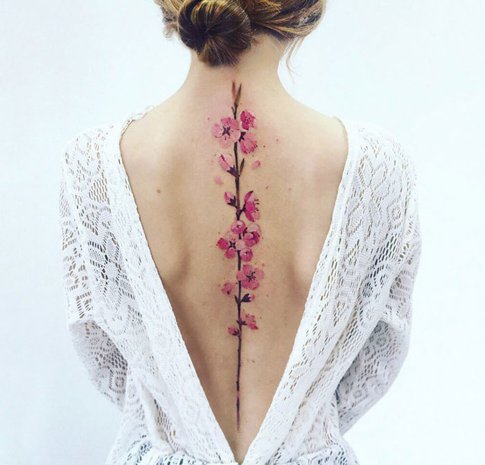 spine-tattoo-ideas-designs-coverimage2.jpg