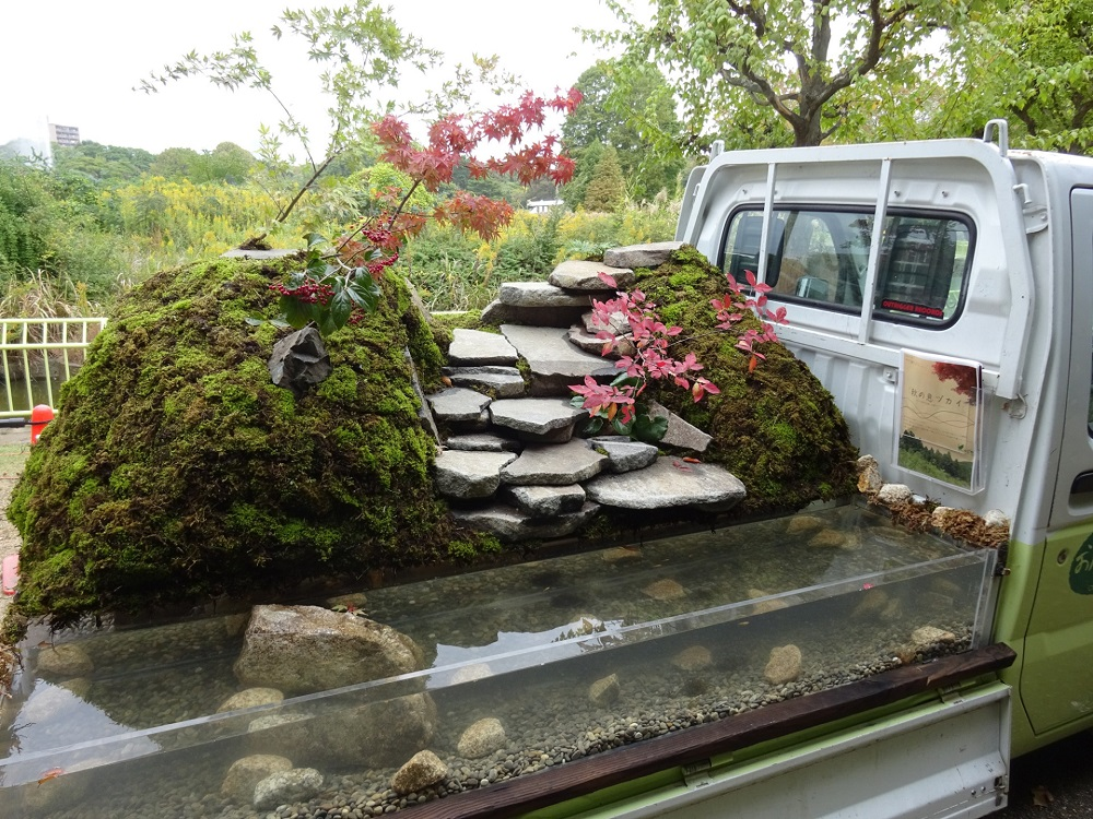 truck-garden-5-960x720@2x.jpg