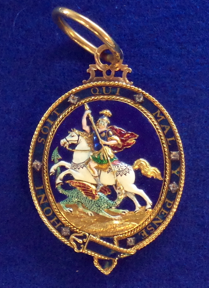 Order_of_the_Garter_badge2_(United_Kingdom)_-_Tallinn_Museum_of_Orders.jpg