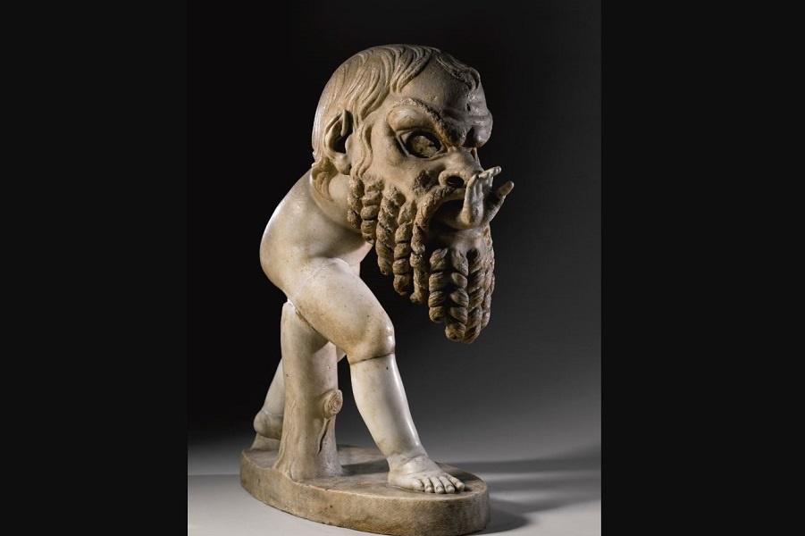 Можете сказать, что означает эта скульптура?