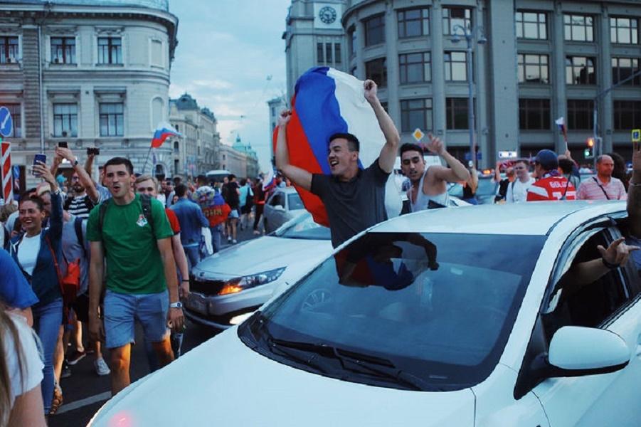 Шива-Акинфеев: Ура!!! Мы вышли в четверть финала!