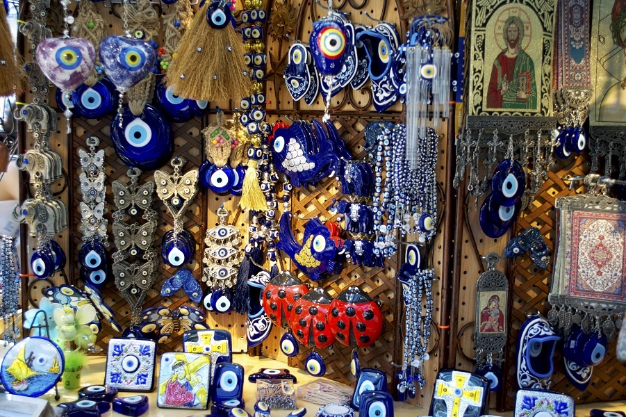 Nazars_Greek_evil_eye_charms.jpg