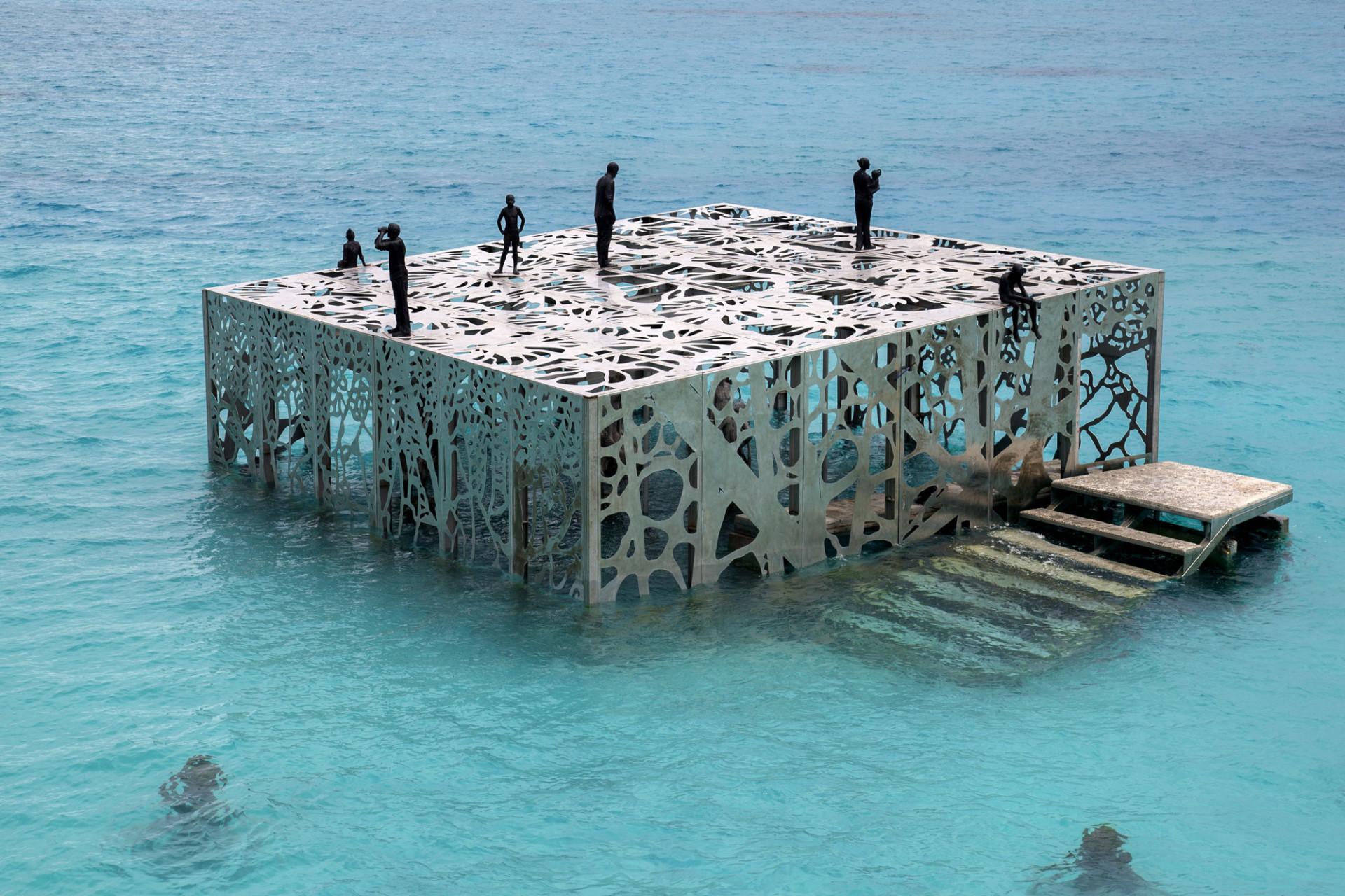 coralarium-5-960x640@2x.jpg