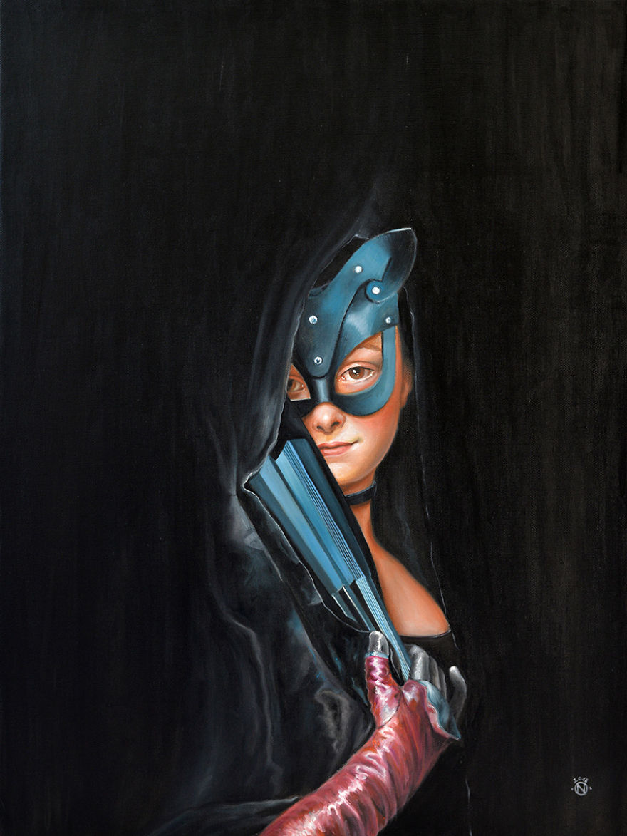 Catwoman_small-5b0fe75ec6583__880.jpg