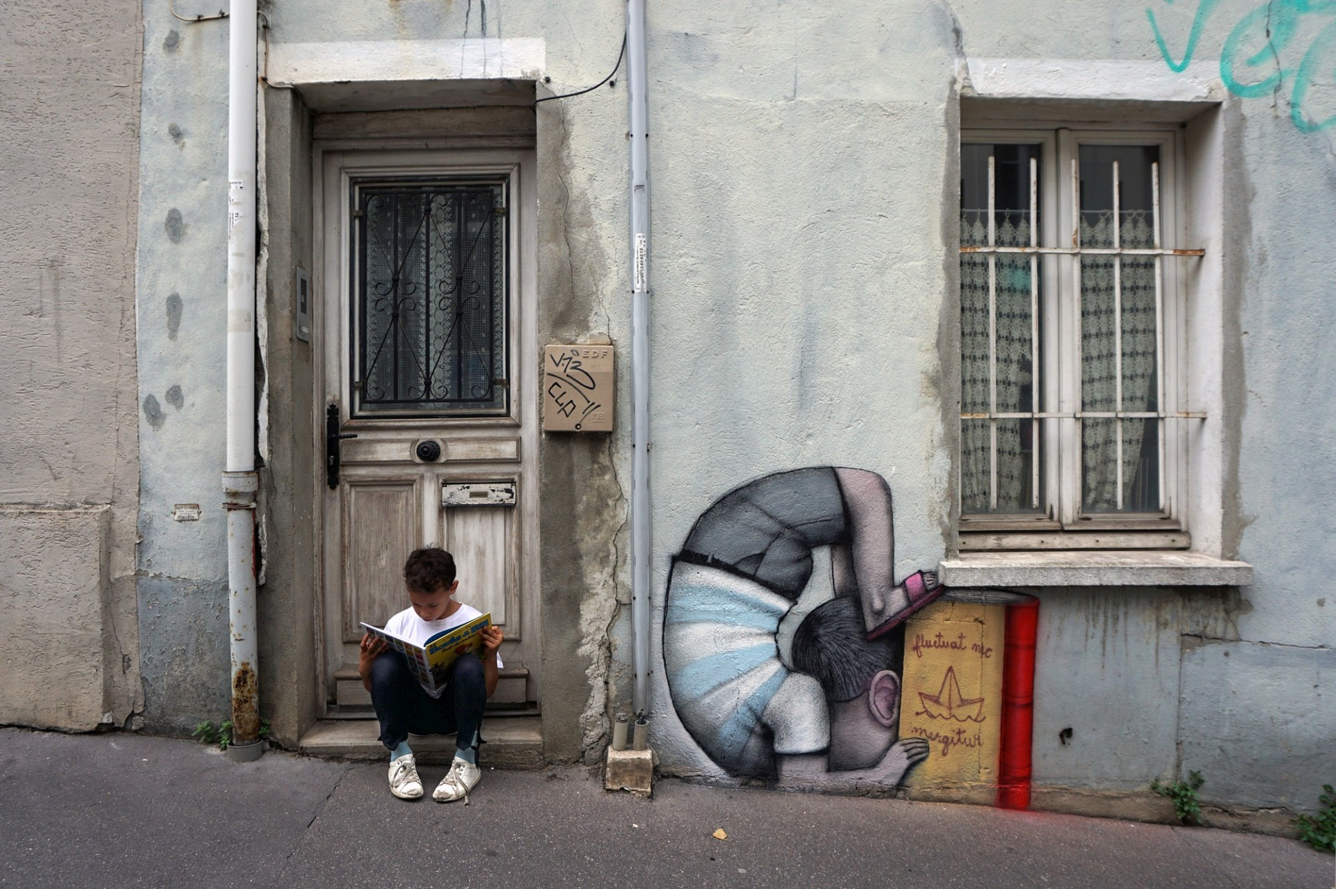 Чудо детства 2018_paris-rue-buot-960x639@2x.jpg