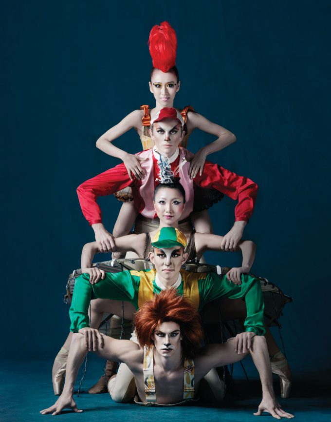 Hong-Kong-Ballet_Design-Army_detail3_1200px-680x865.jpg