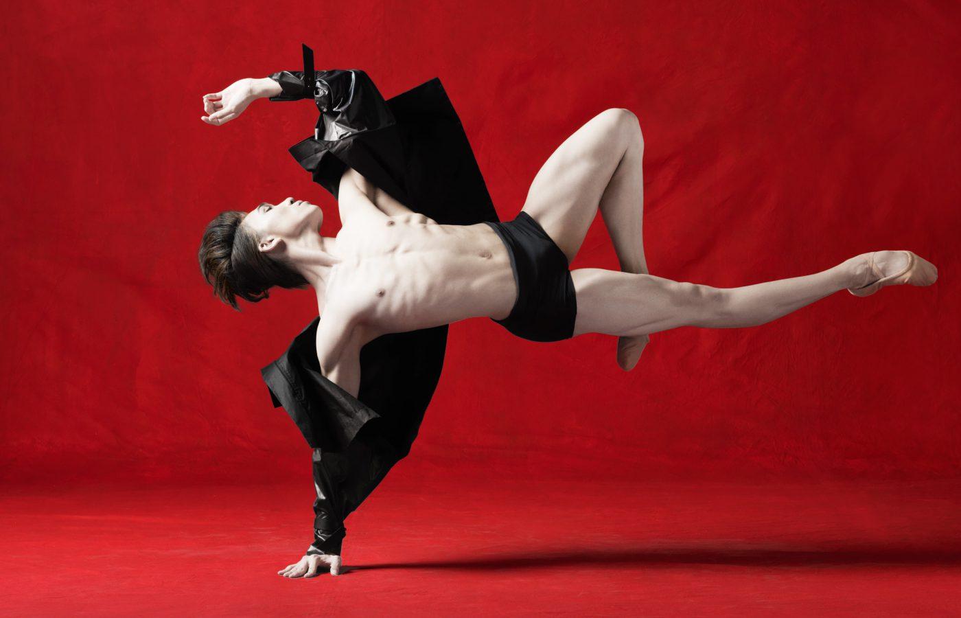 Hong-Kong-Ballet_Design-Army_hero7_2400px-1-1400x900.jpg