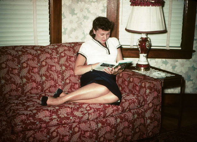 vintage-couch-7.jpg