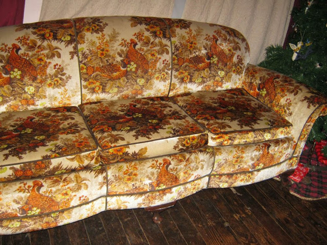 vintage-couch-19.jpg