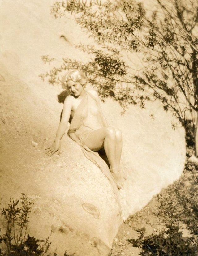 Jean Harlow Taken by Edwin Bower Hesser, 1929 (18).jpg