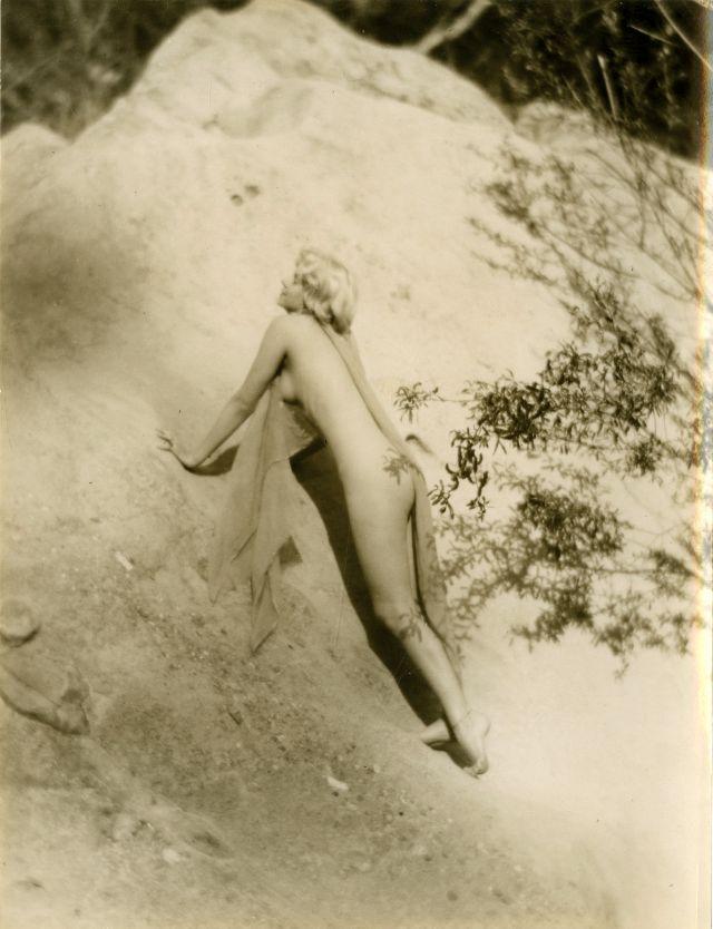 Jean Harlow Taken by Edwin Bower Hesser, 1929 (26).jpg