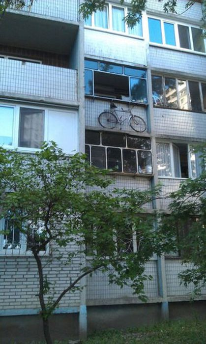1369369610_meanwhile_in_russia_20