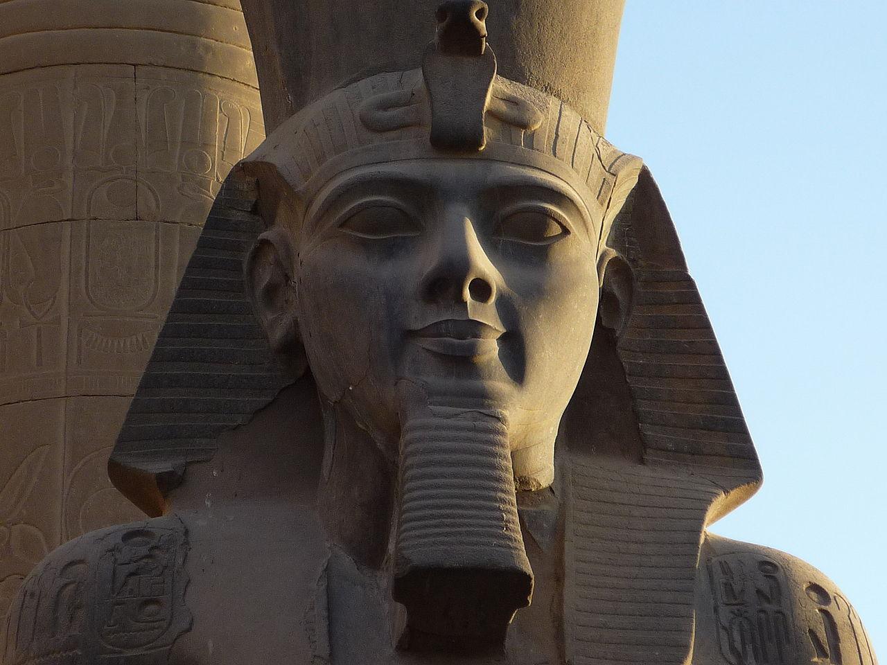 1280px-Luxor_temple24.JPG