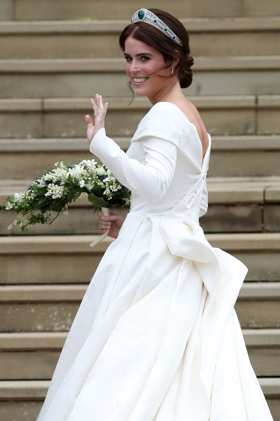 hbz-all-the-photos-princess-eugenie-wedding-gettyimages-1051951192.jpg