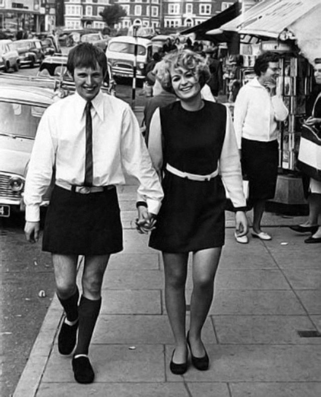 60s-mini-skirts-for-men-2.jpg