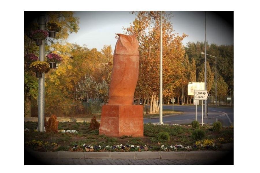 kikinda-statue-own--758x558.jpg