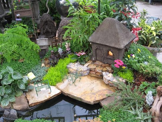 Сказочный домик в саду своими руками