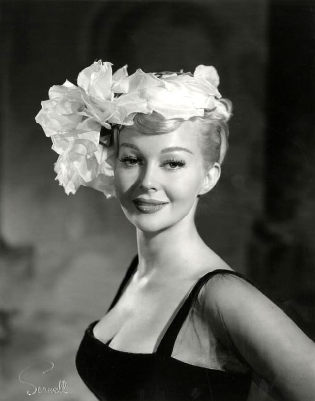 Greta Thyssen in the 1950s and 1960s (10).jpg