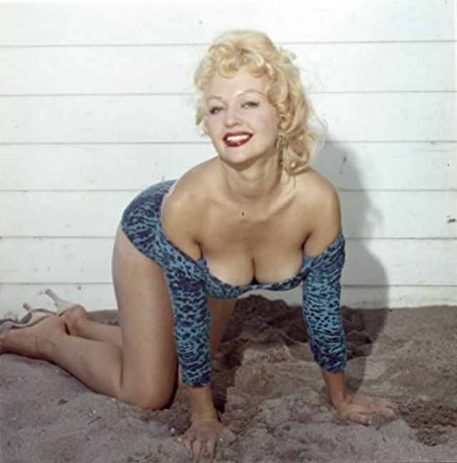 Greta Thyssen in the 1950s and 1960s (46).jpg